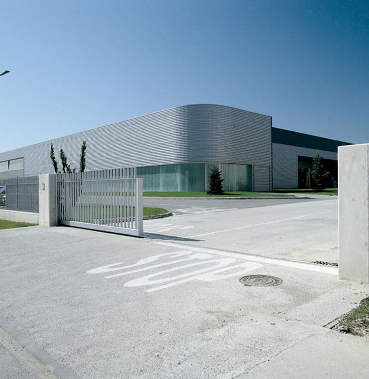 Puertas correderas industriales Norpa puertas y automatismos