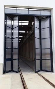 Instalación de puertas automáticas para el Taller Central de Reparaciones de Renfe