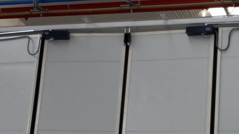 Instalación puertas interiores para Taller de Renfe en Valladolid
