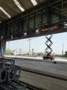 Instalación de puerta de hangar de lona de PVC de 60×14 metros