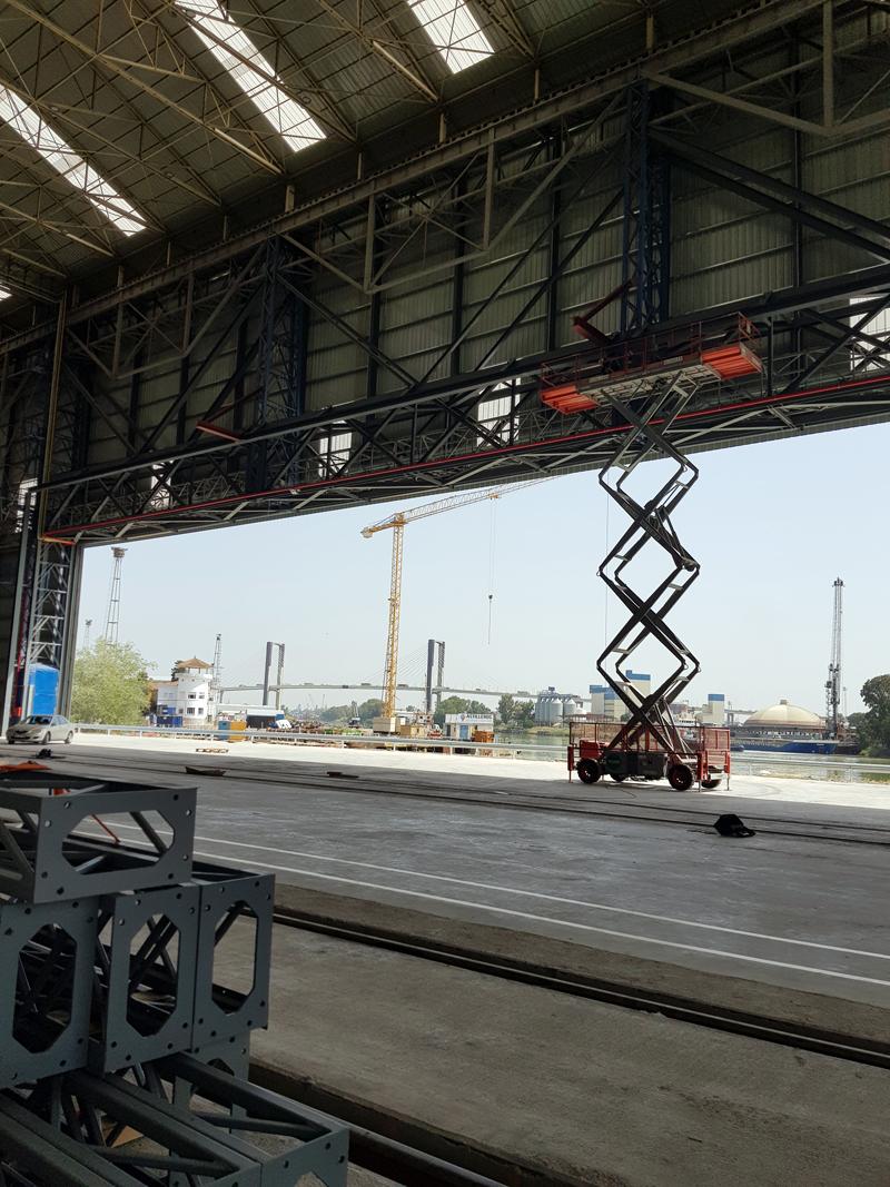 Puertas de hangar de lona de PVC en Sevilla - Norpa
